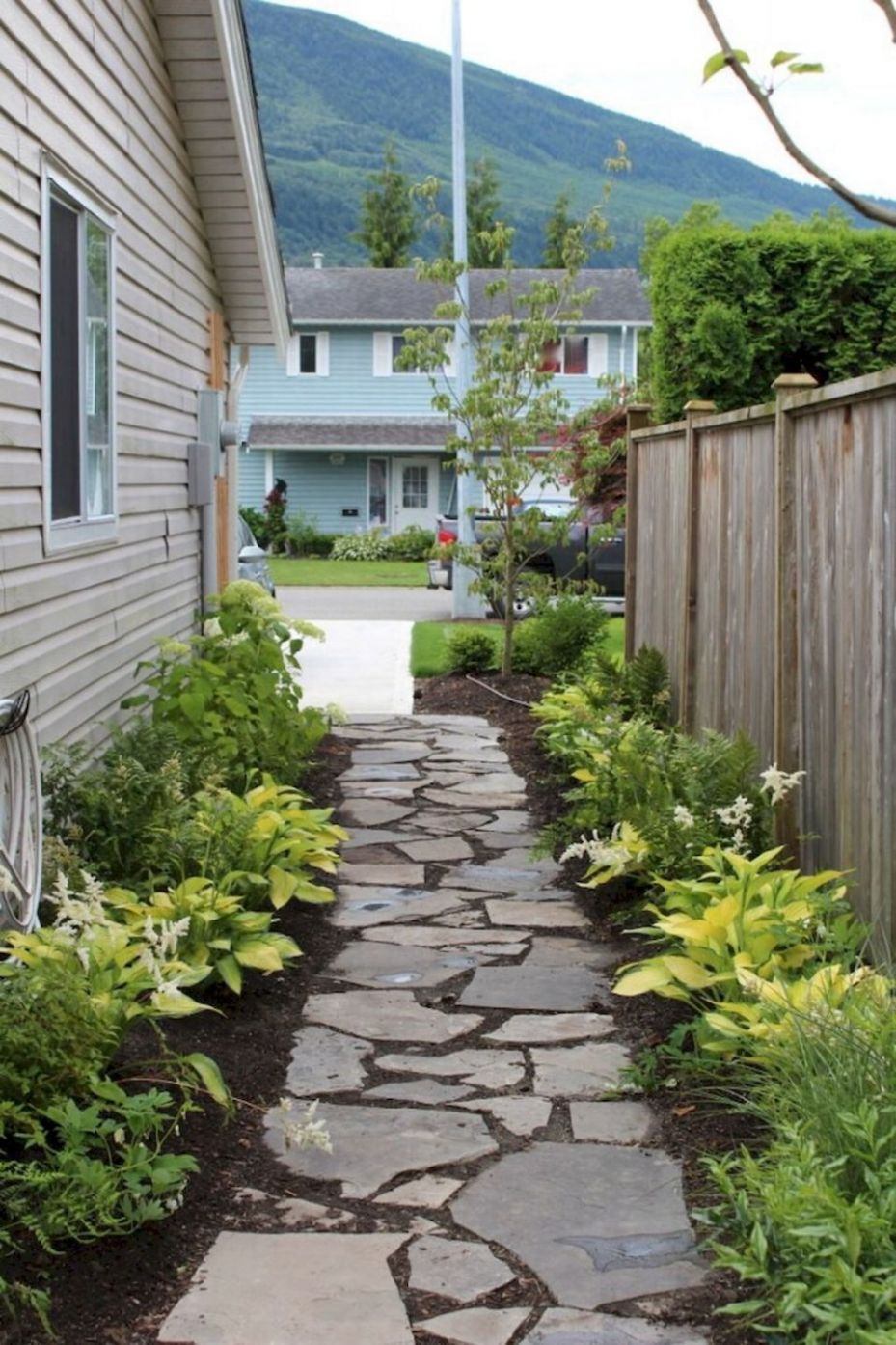 Front Yard Entrance Path & Walkway Landscaping Ideas (11 ...