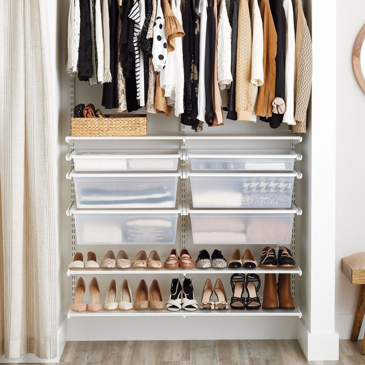 Get inspired to give your small closet a makeover! Basic shelving ...