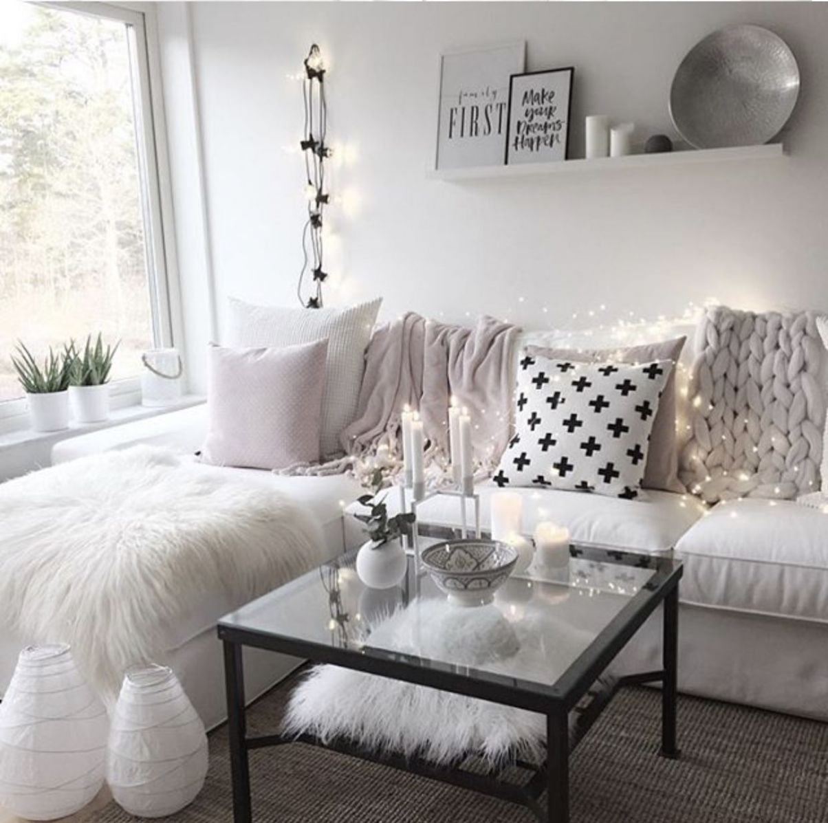 Girly living room/apartment idea (With images) | Girly living room ...