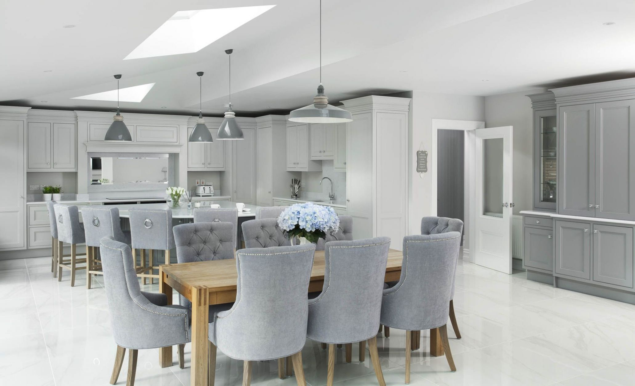 Grey, white and Oak kitchen (With images) | Open plan kitchen ..