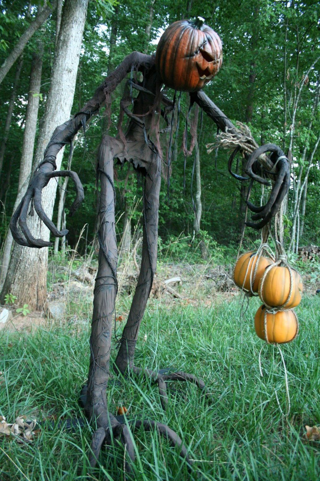 Grim: Step by step (With images) | Halloween outdoor decorations - halloween ideas decorations outside