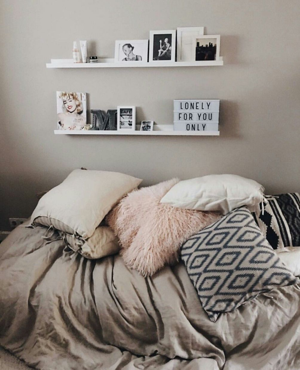 Halcyon Rooms : Photo (With images) | Room inspiration, Bedroom ...