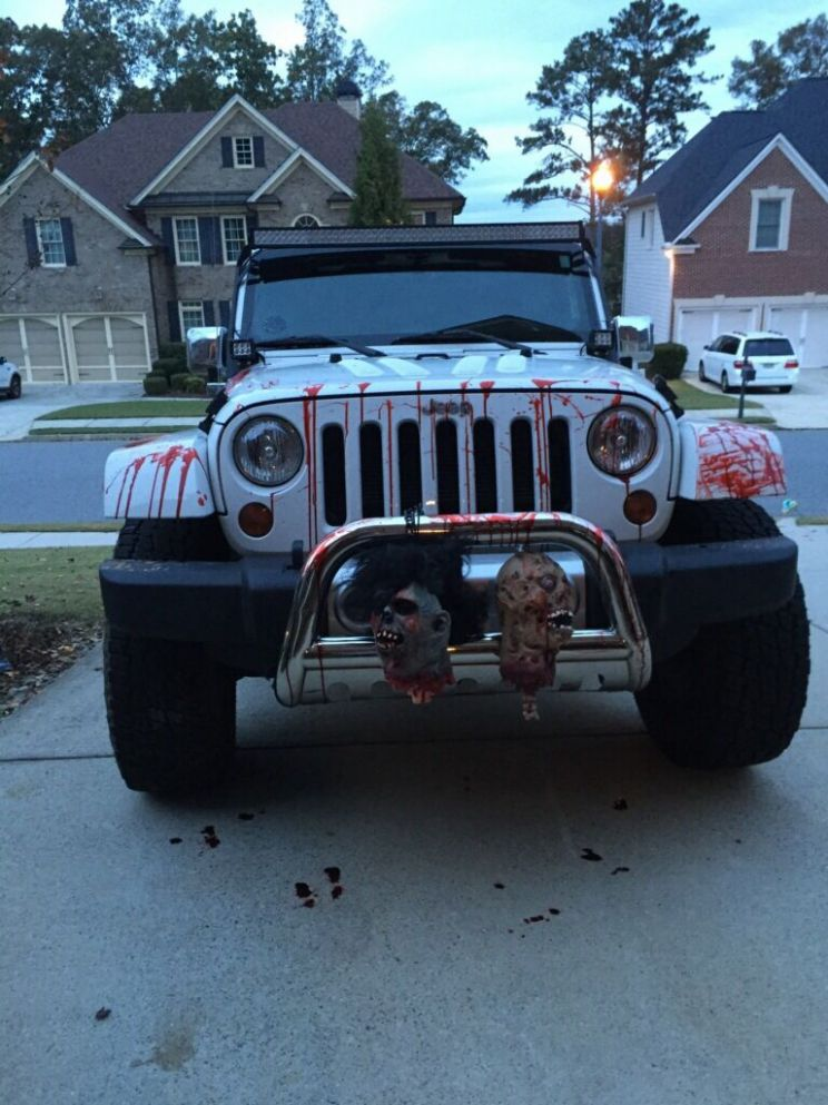 Halloween jeep | Halloween car decorations, Jeep lover, Jeep ..