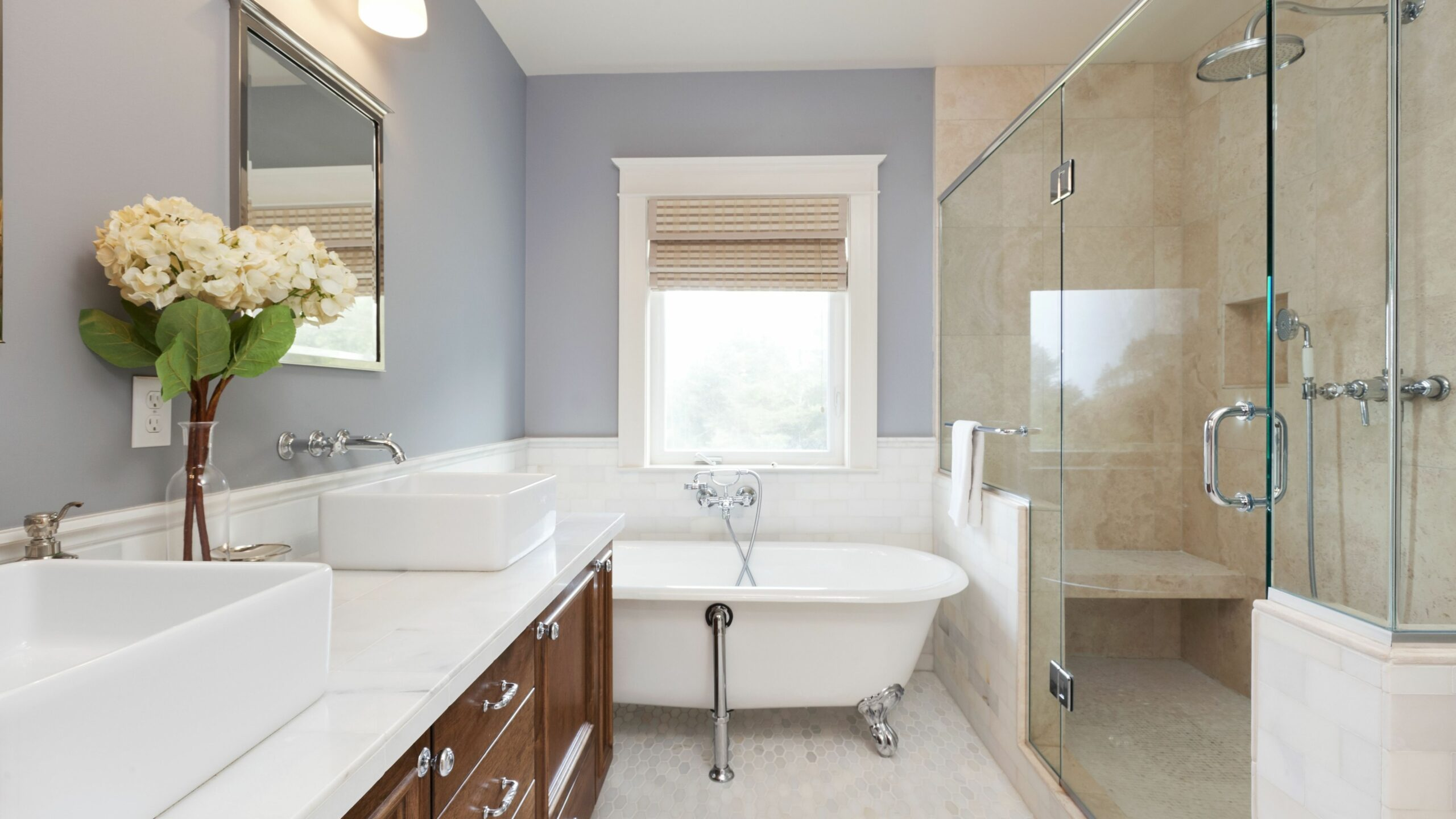 How to Choose Between a Walk-In Shower vs