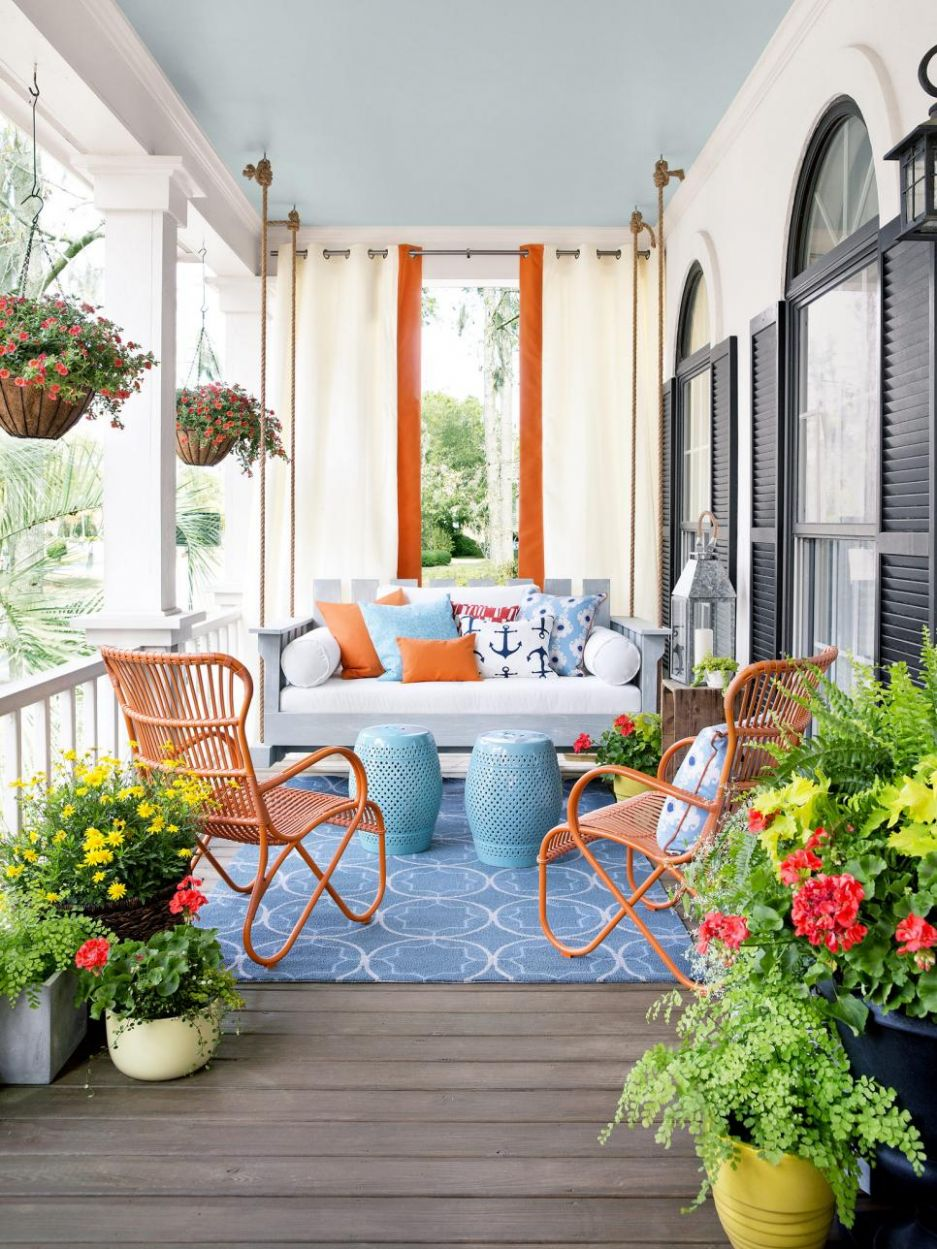 How to Decorate your Modern Porch for Summer Time - front porch decor ideas for summer