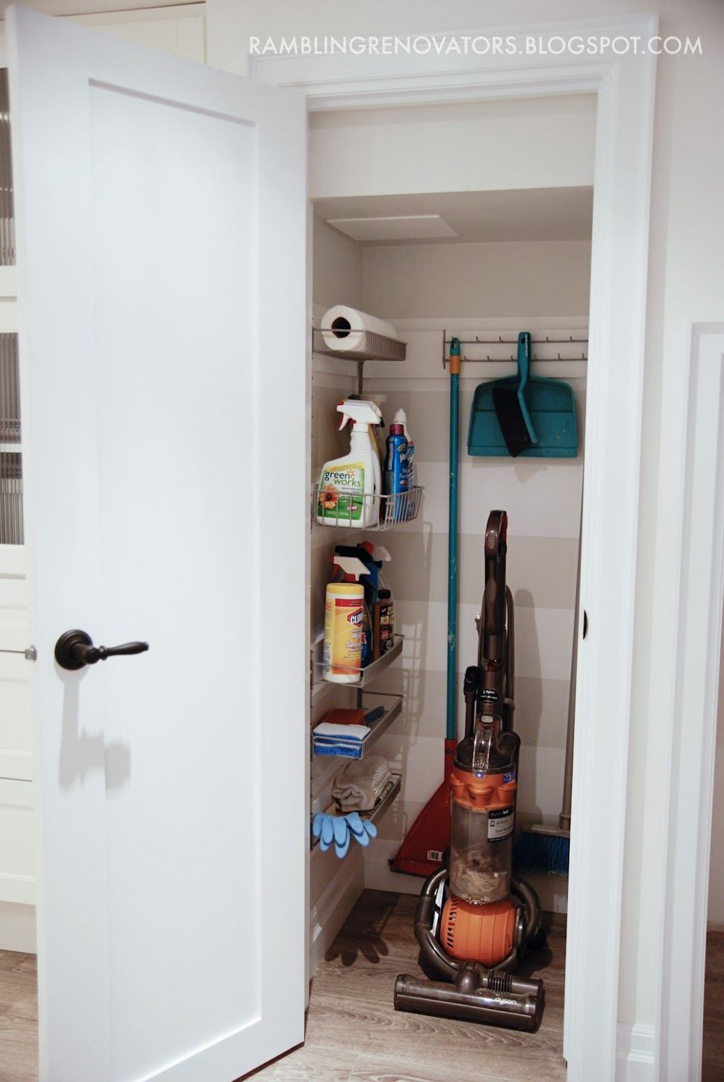 I like the pull out shelves, and the wall stripes. I could use the ...