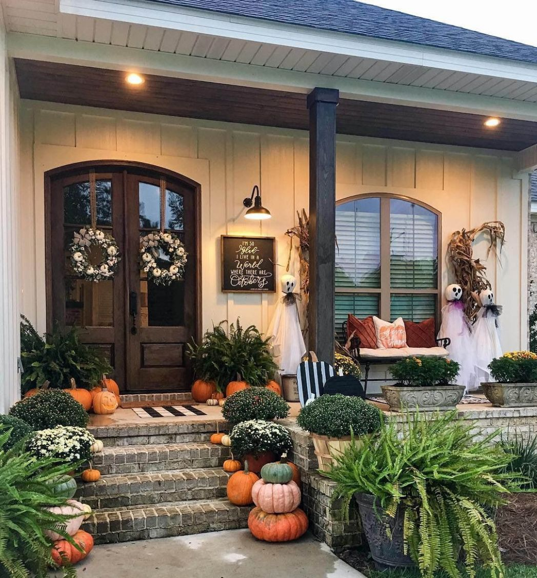Imaginative Fall Porch Decorating Ideas to Make Yours ..