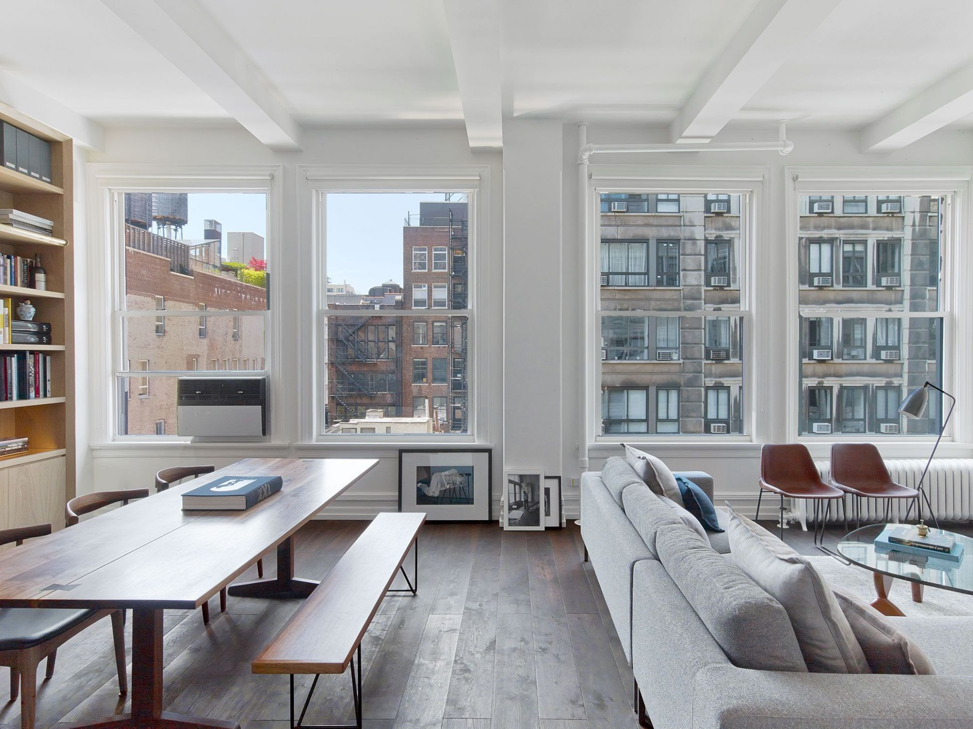 Inside a Minimalist New York City Apartment Filled with Natural ...