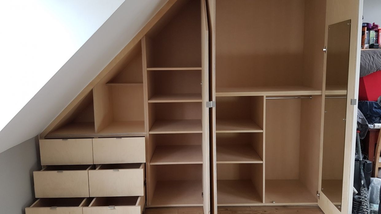 Installing a sloped ceiling wardrobe in 12 minutes - Time lapse tutorial  video in HD