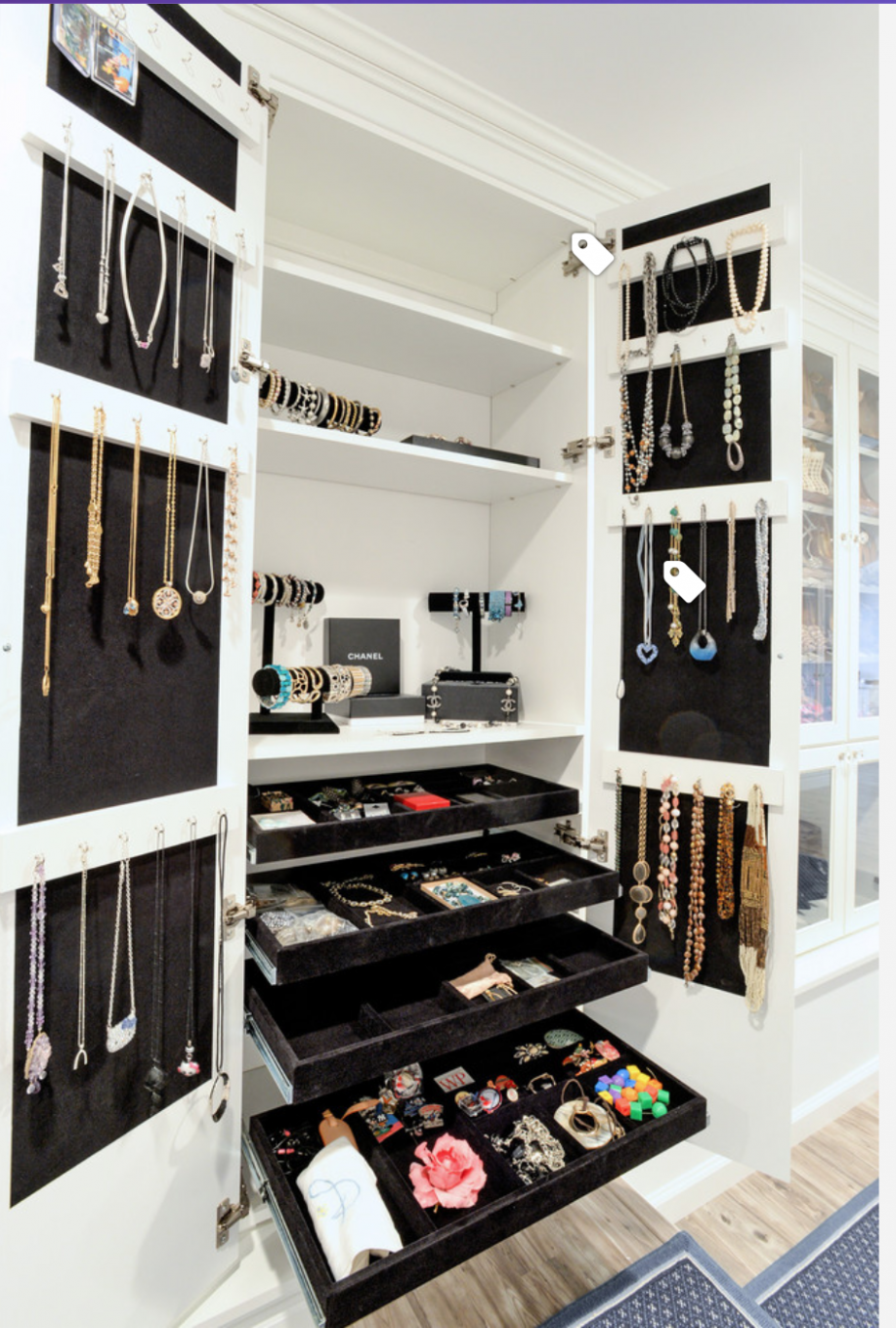 Jewelry cabinet in walk-in closet (With images) | Closet designs ..