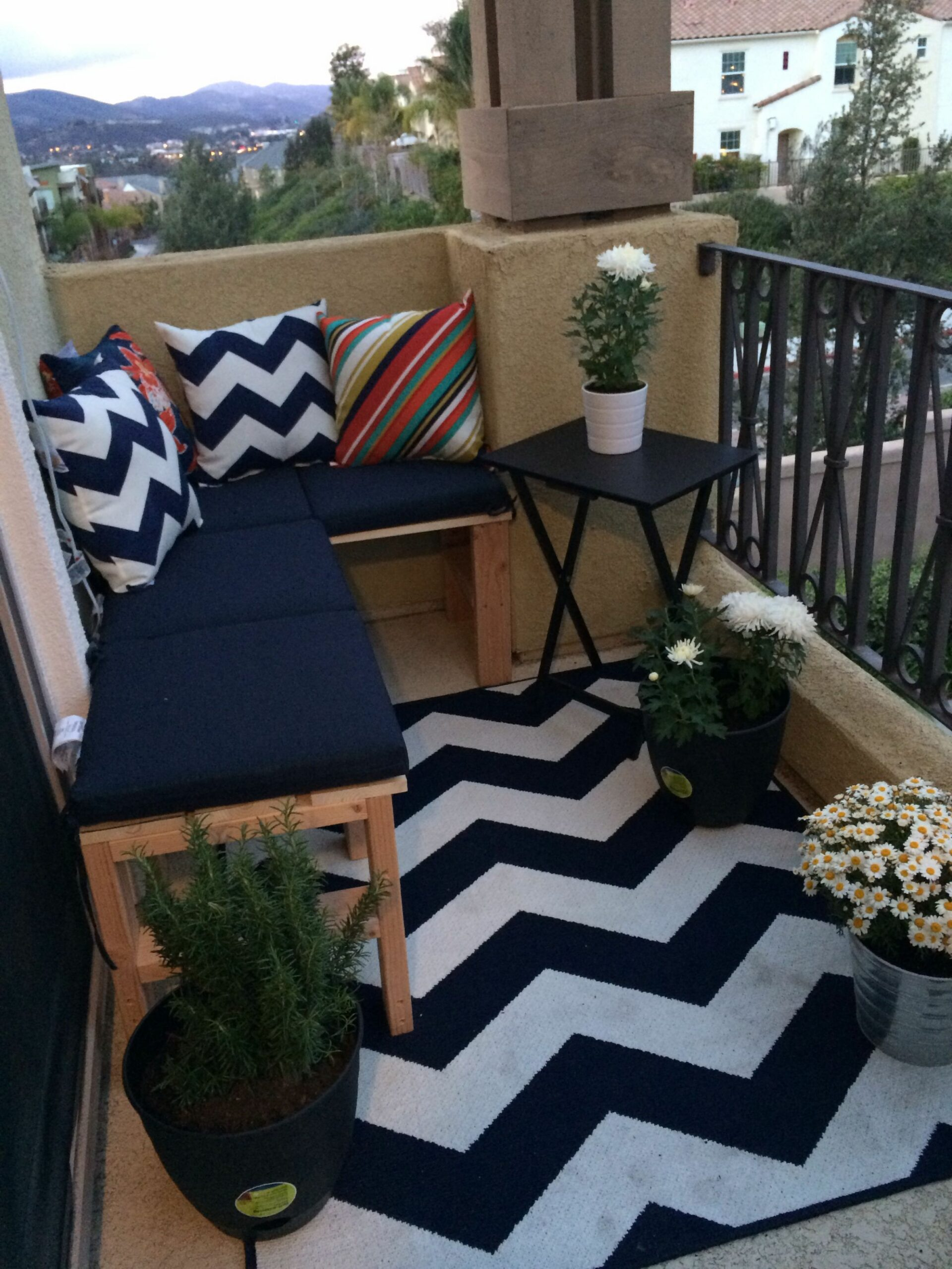 Jumpstart Your Day: 11 Pretty Balconies from Pinterest (With images ...