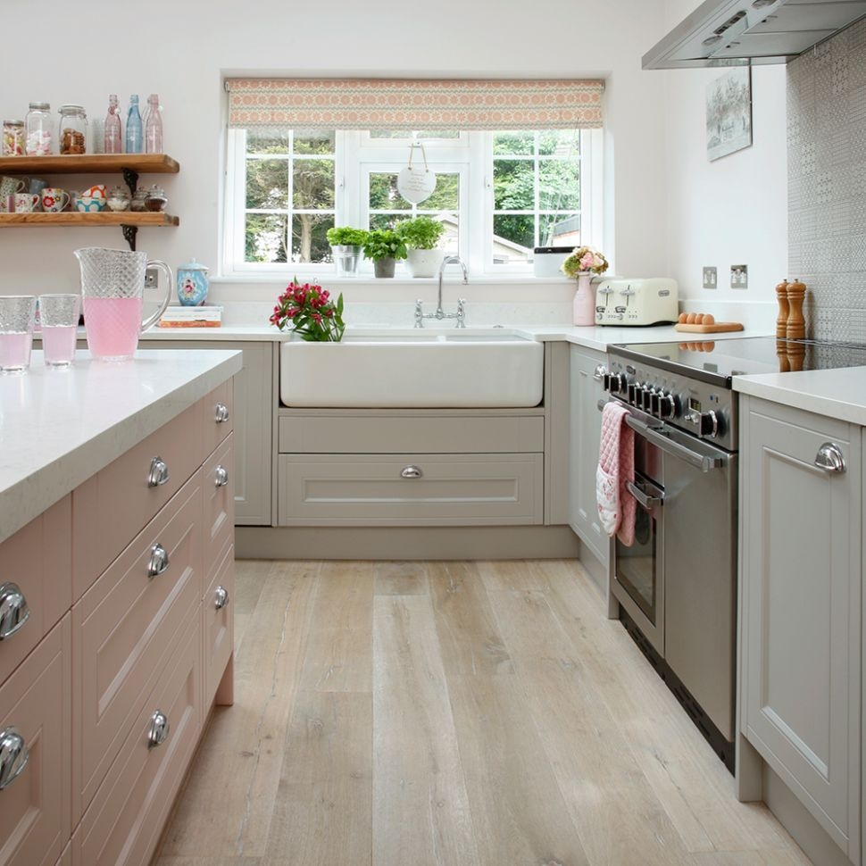 Kitchen layouts – everything you need to know | Ideal Home - kitchen ideas 3m x 3m