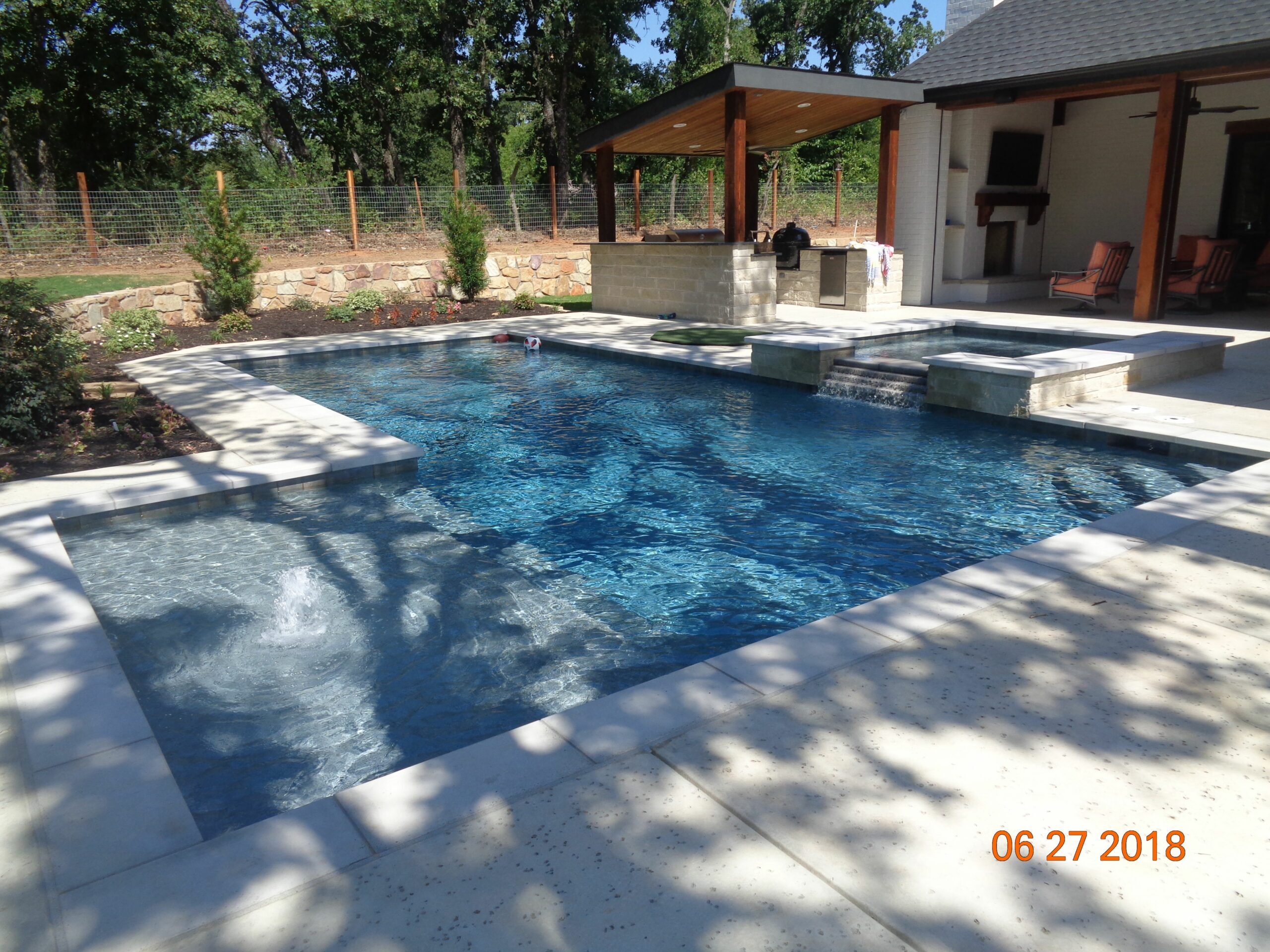 L-Shape with Tanning Ledge - Pool Plans Online