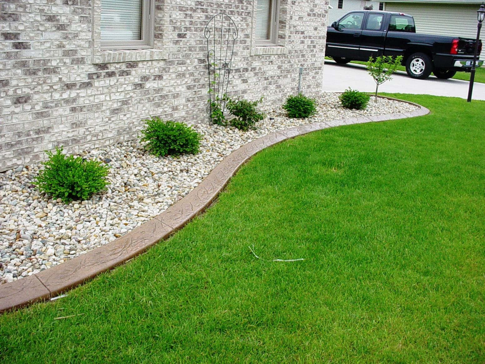 Landscape Edging Ideas for a Wonderland View Around the House ...