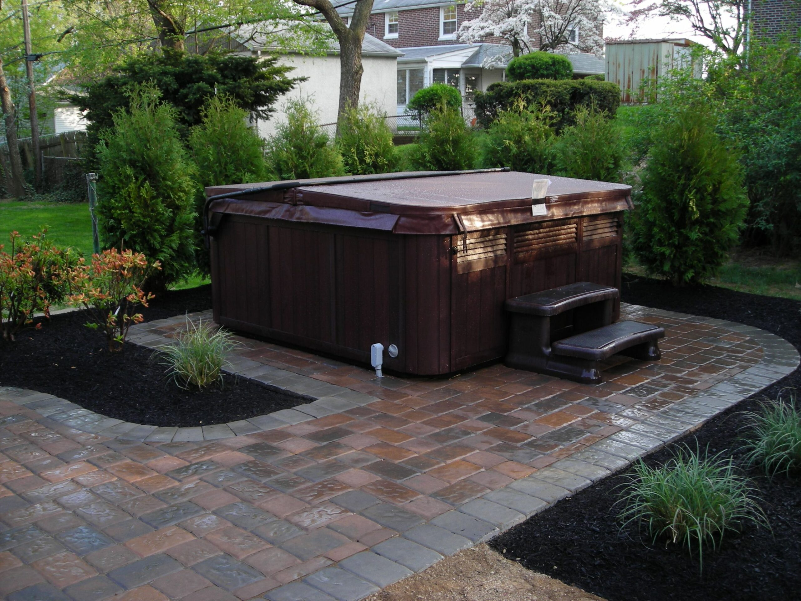 Landscaping Ideas For Jacuzzi