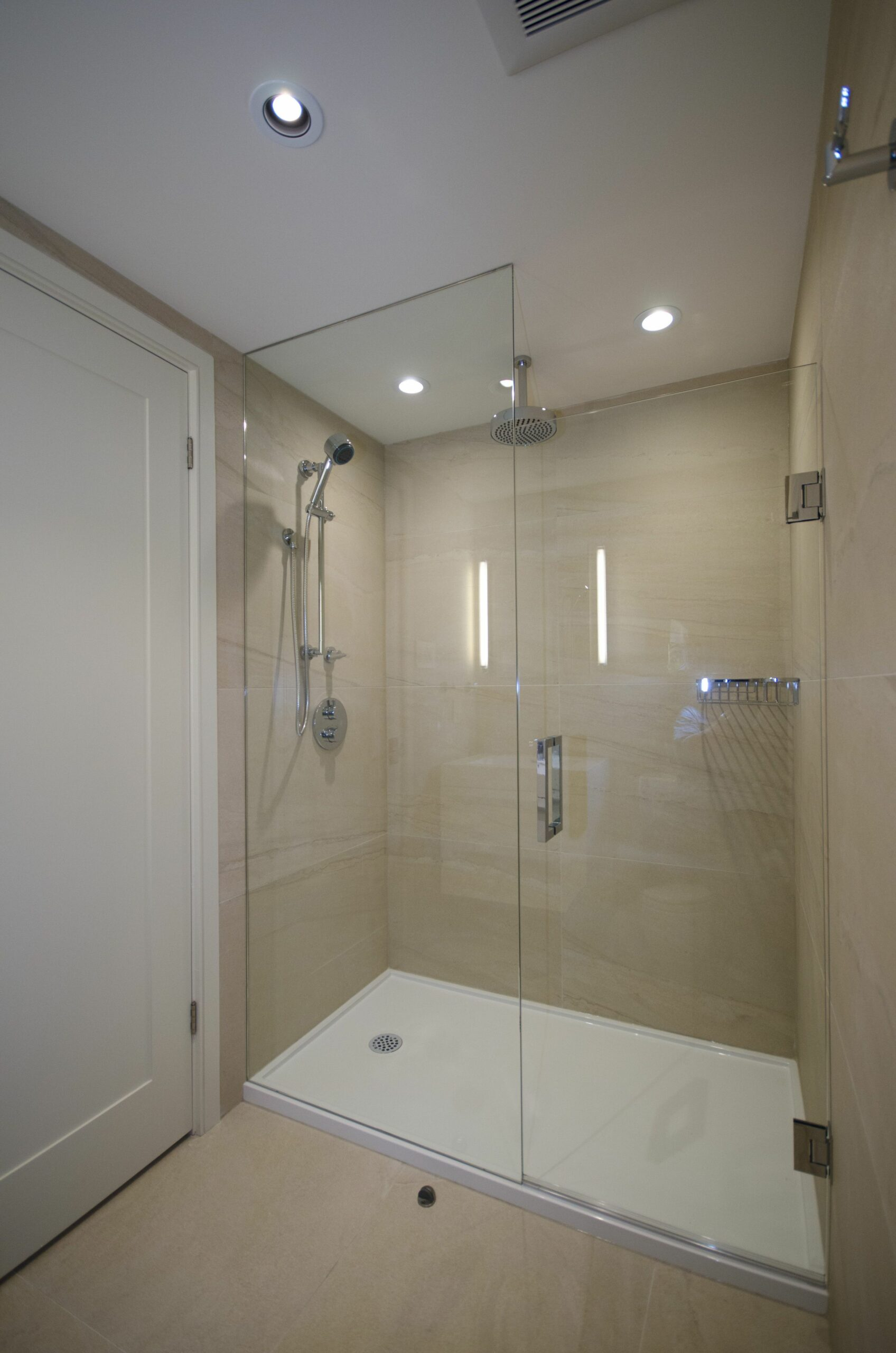 Large Shower Enclosure with Custom Glass (With images) | Shower ..