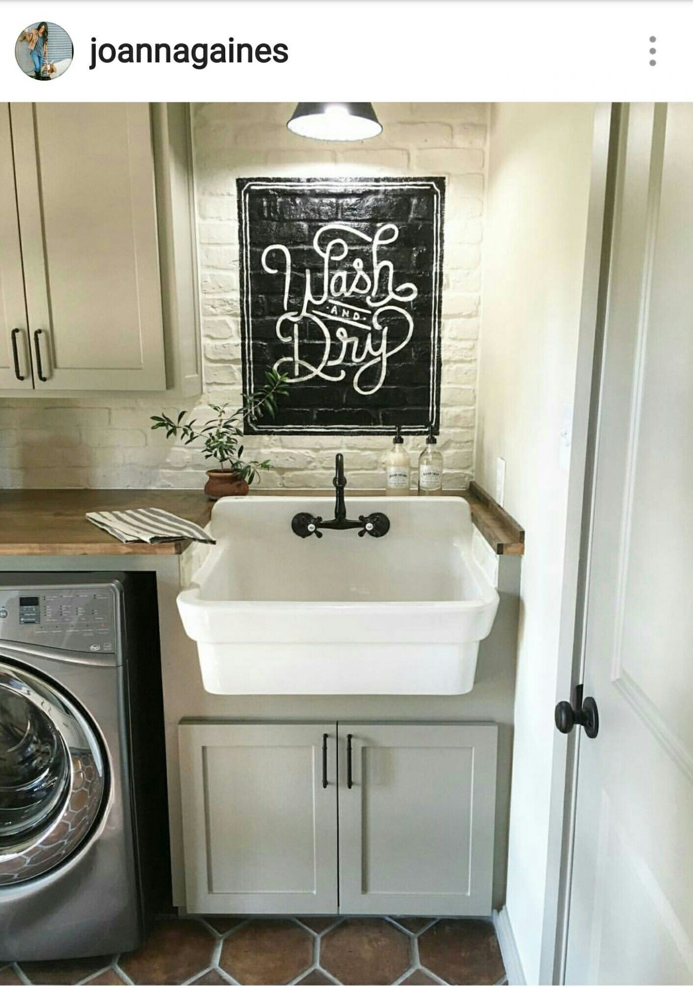 Laundry room by Joanna Gaines from Fixer Upper on HGTV | Laundry ..
