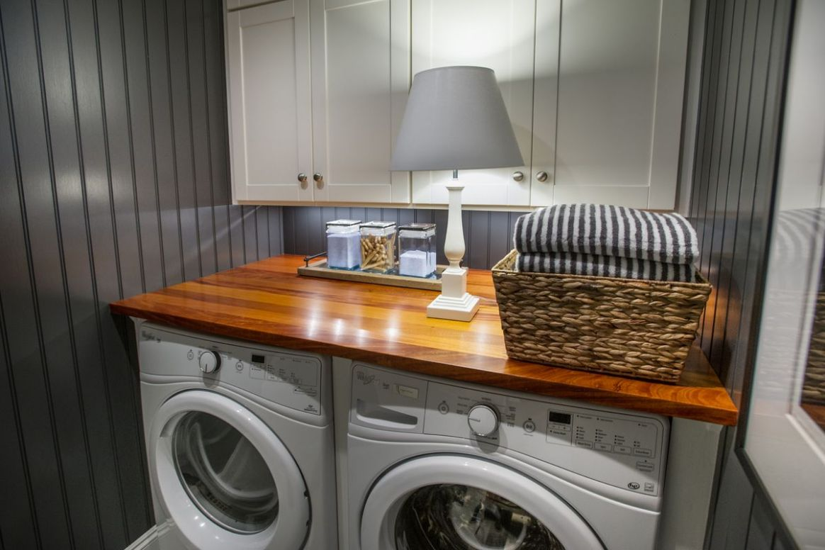 laundry room - shelf & paint. 11 Decorating Ideas To Steal From The ..