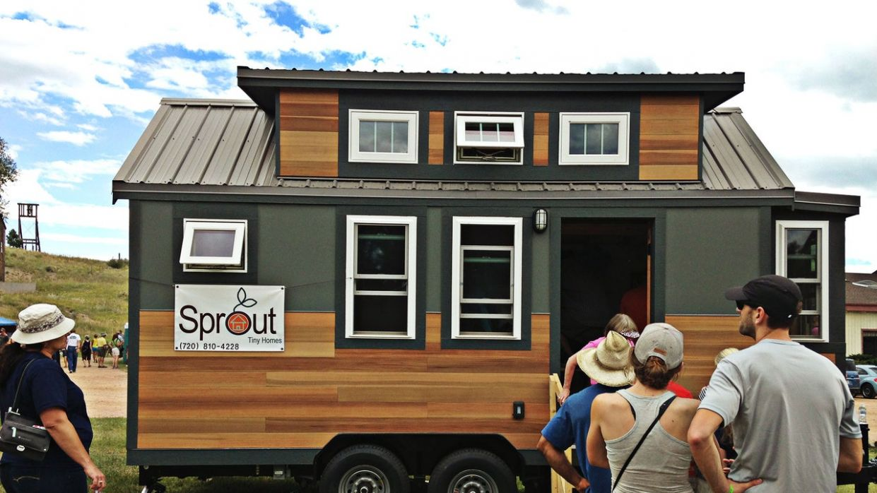 Little Houses By the Prairie | The New Yorker - tiny house jamboree