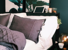 Living for this dark green themed bedroom with lovely room decor ...