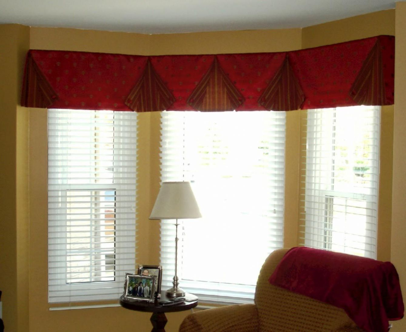 Living Room Valance Ideas (With images) | Valances for living room ..
