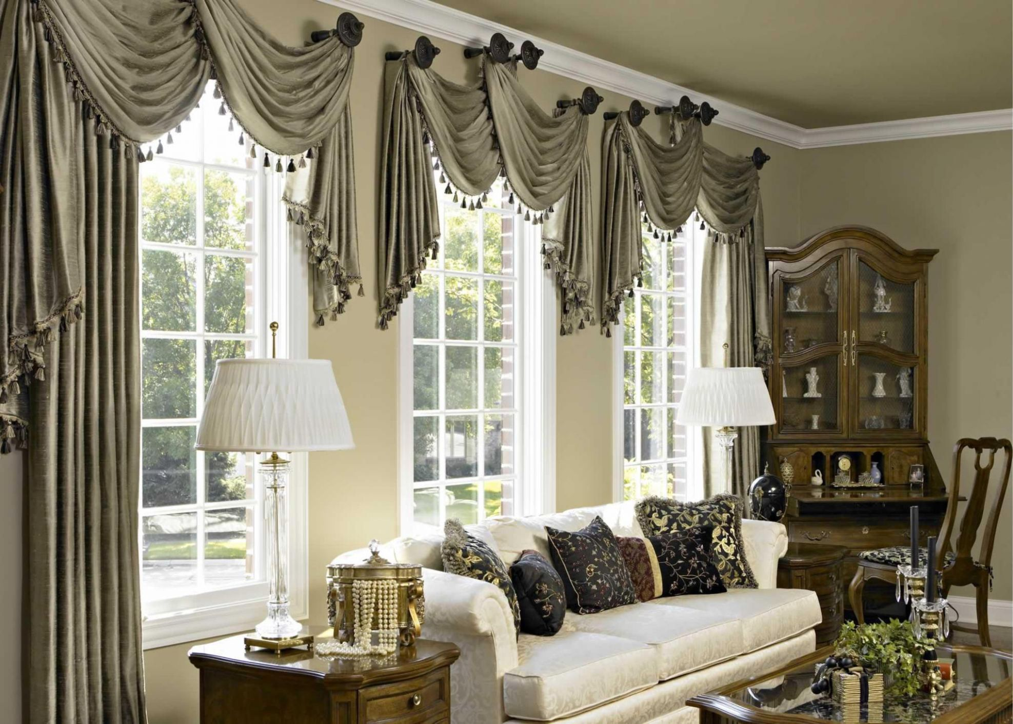 Livingroom Curtains Ideas For Small Living Room Window Decorating ...