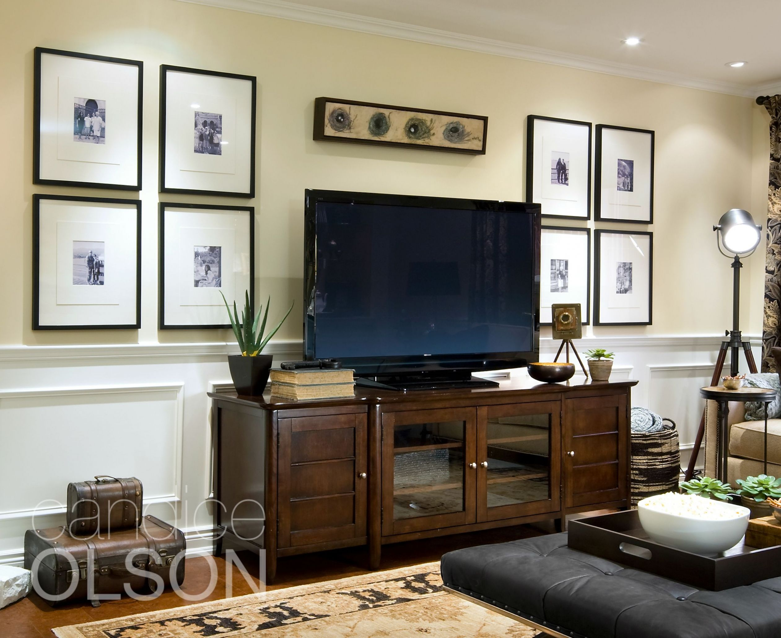 Looking for a solution for hanging pictures on your TV wall? This ..