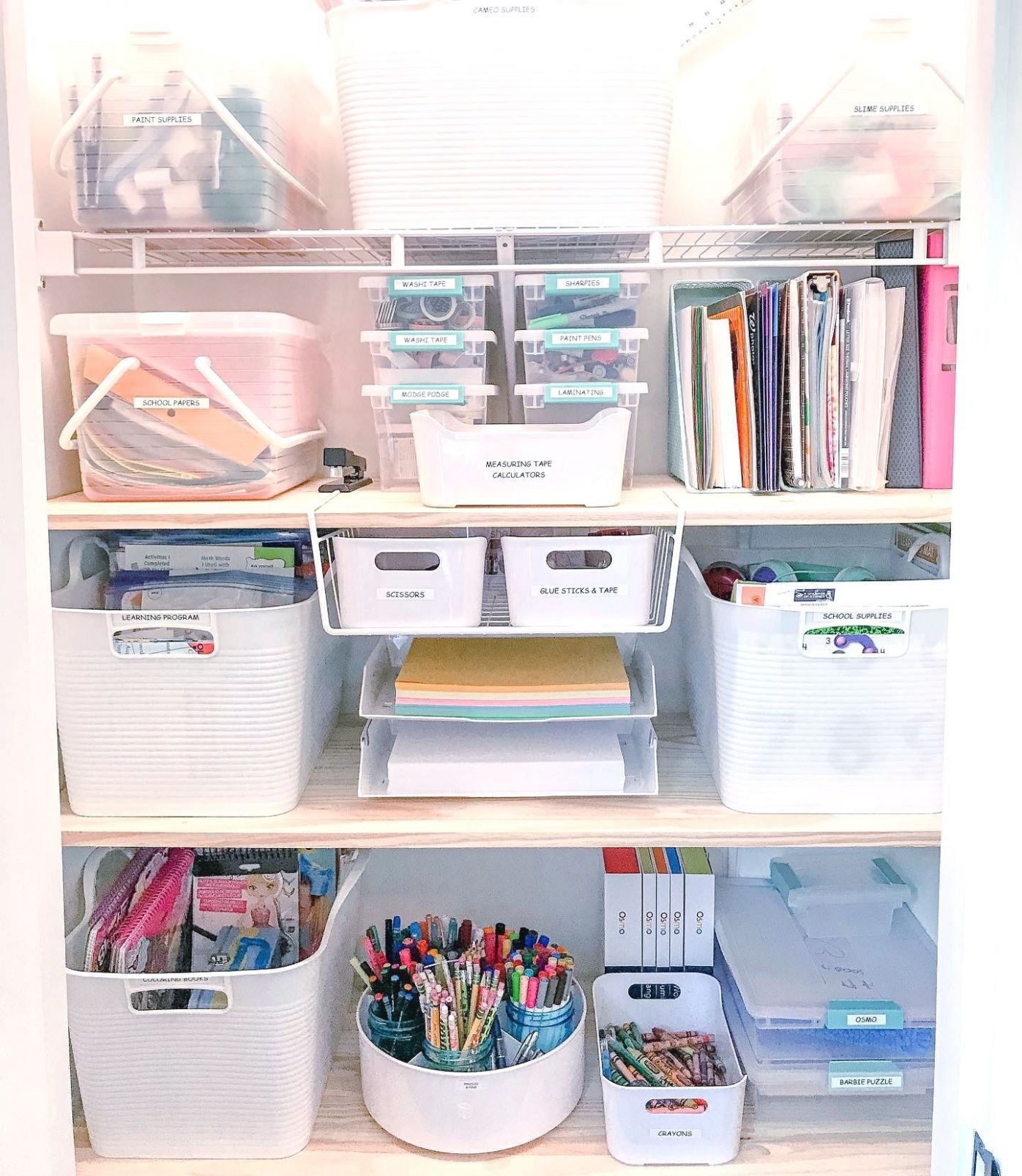 Love ❤️ this office supplies storage look from ..