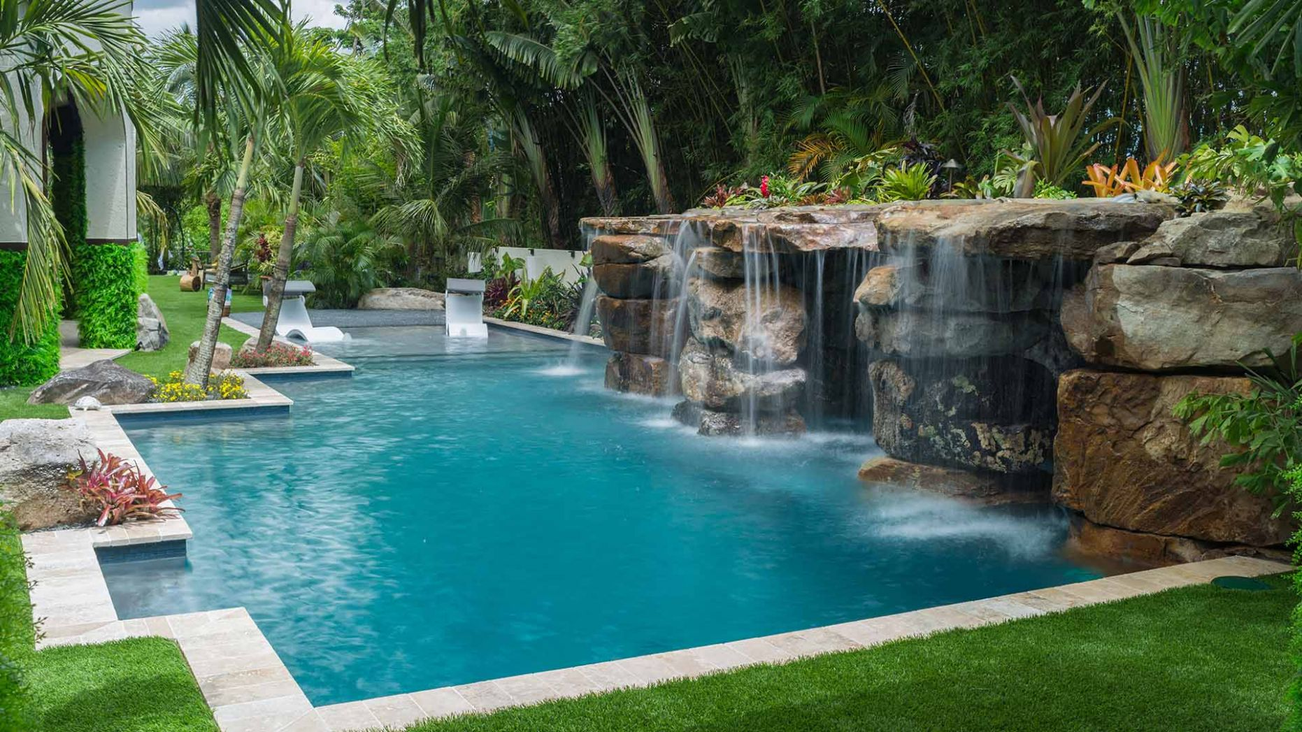 Lucas Lagoons custom pool builder in Sarasota featured on Insane Pools - pool ideas florida