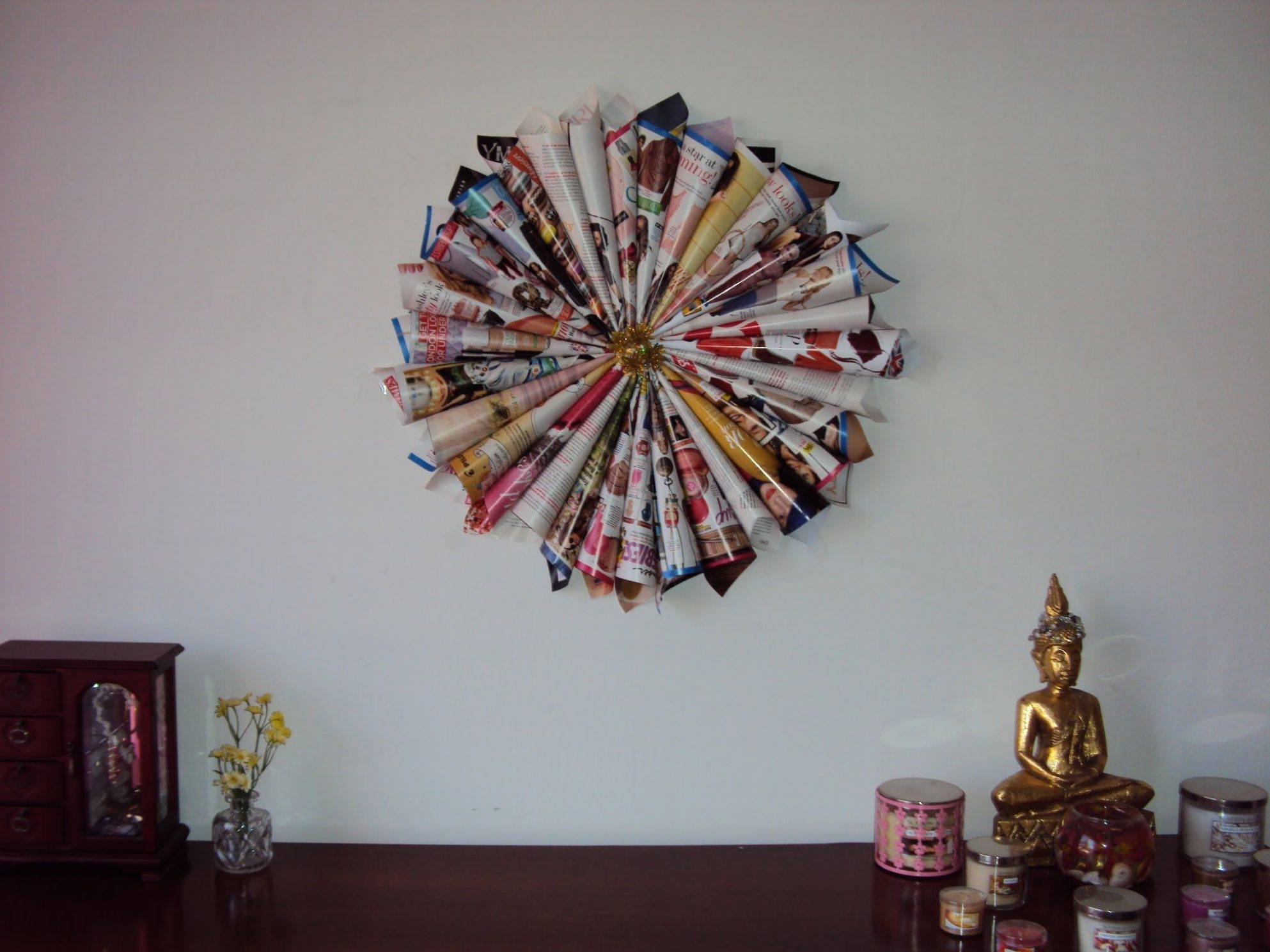 Make a cool circle sculpture out of rolled magazines | Magazine ...