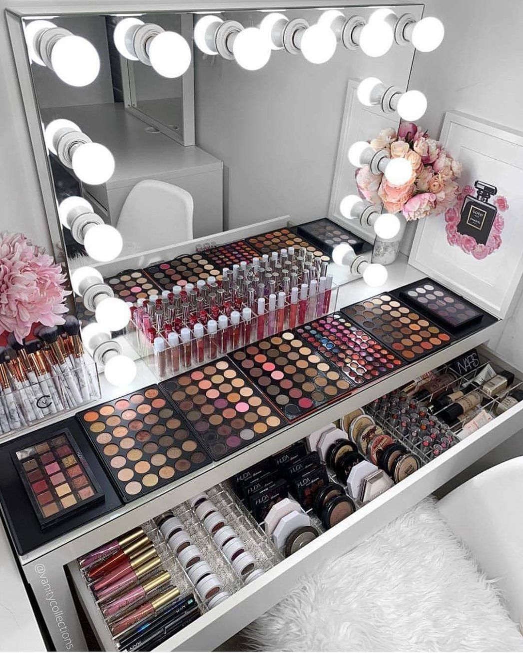 Makeup goals! I love makeup so much and one day i want to have a ...