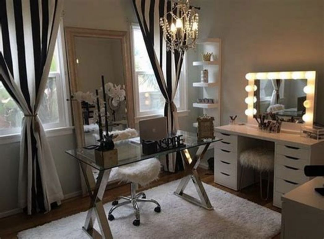 Makeup Rooms Design Ideas 10 in 2100 | Glam room, Beauty room ...