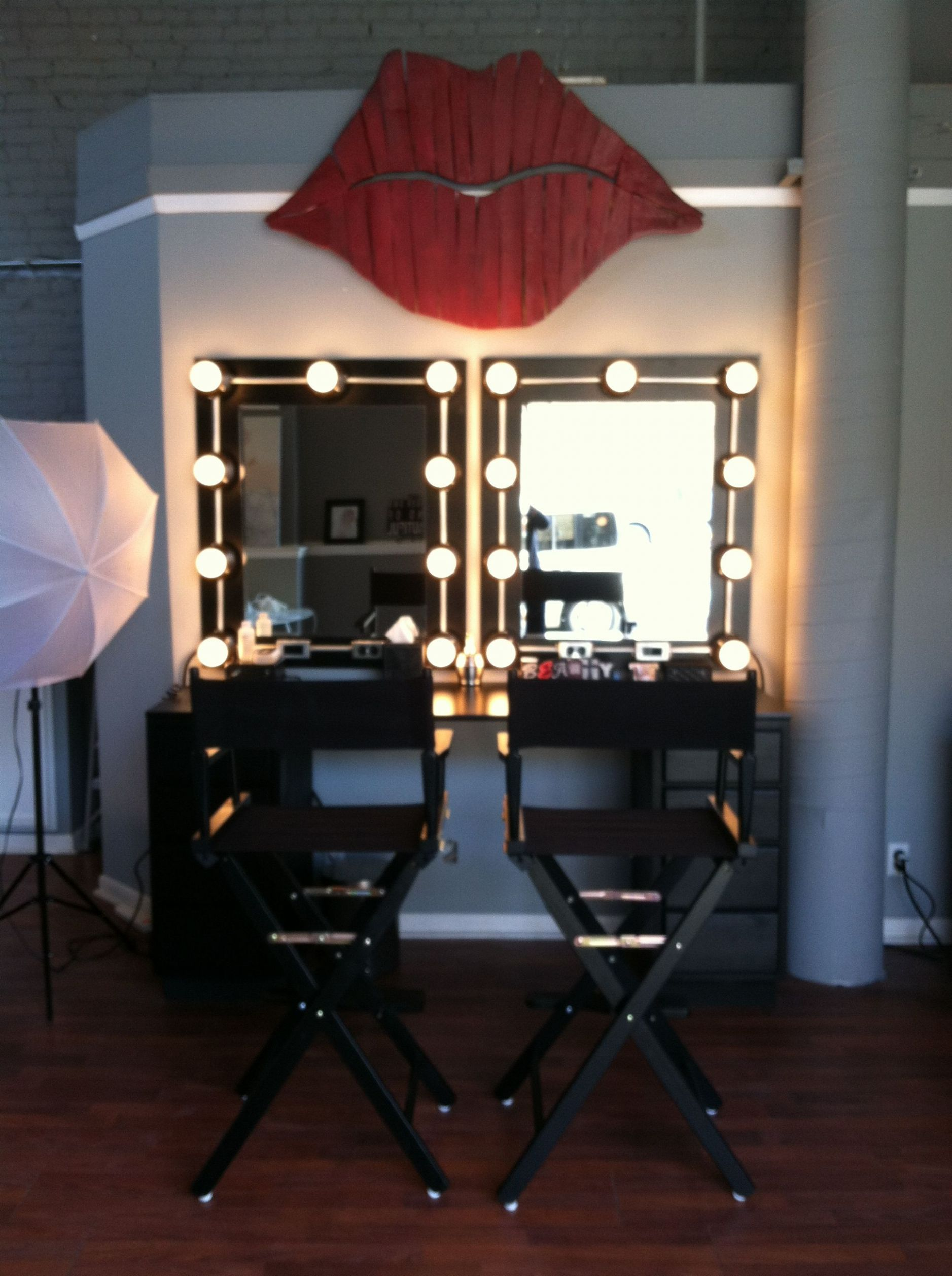 Makeup studio. Directors chairs, Hollywood lights, red lips ..