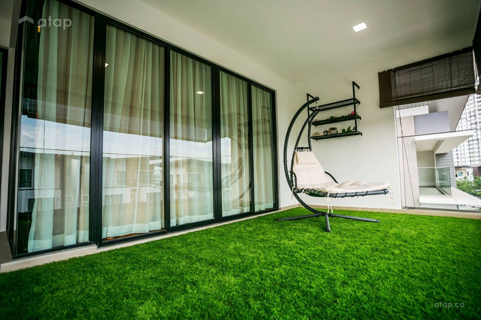 Malaysian Balcony Designs That are Perfect for Gardening | Atap.co