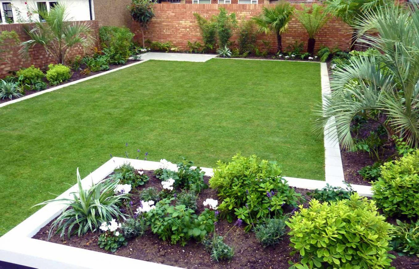 medium sized backyard landscape ideas with grass and bamboo ...