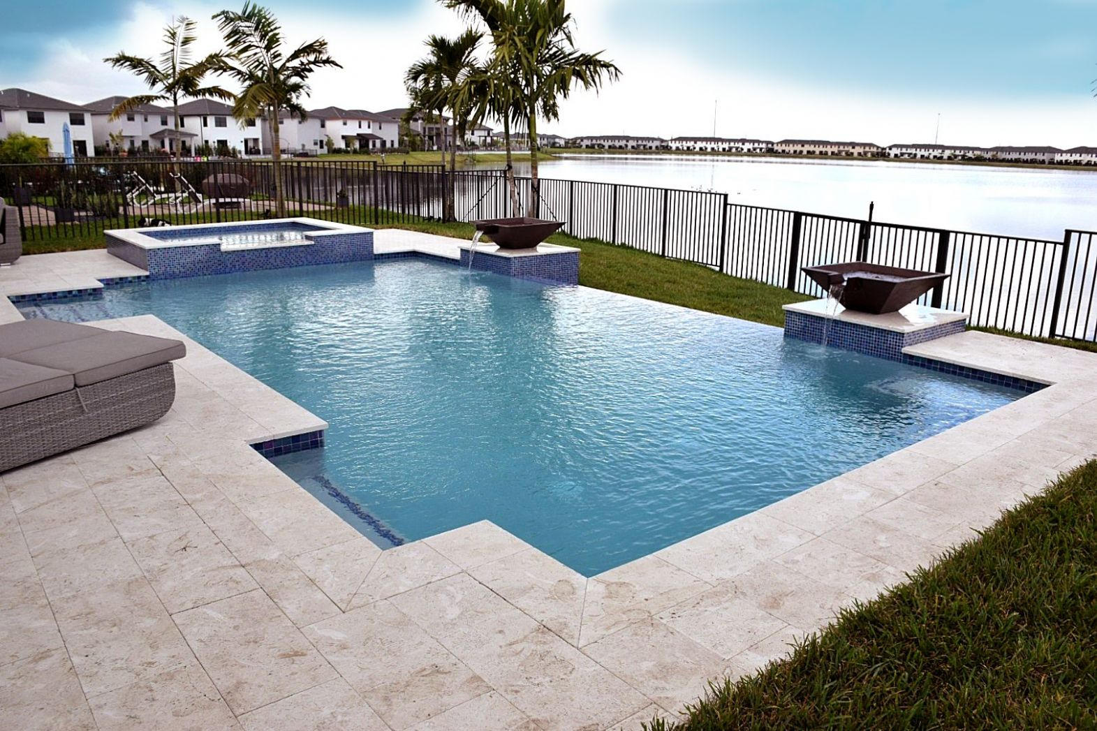 Miami Pool Builders - Dream Pools