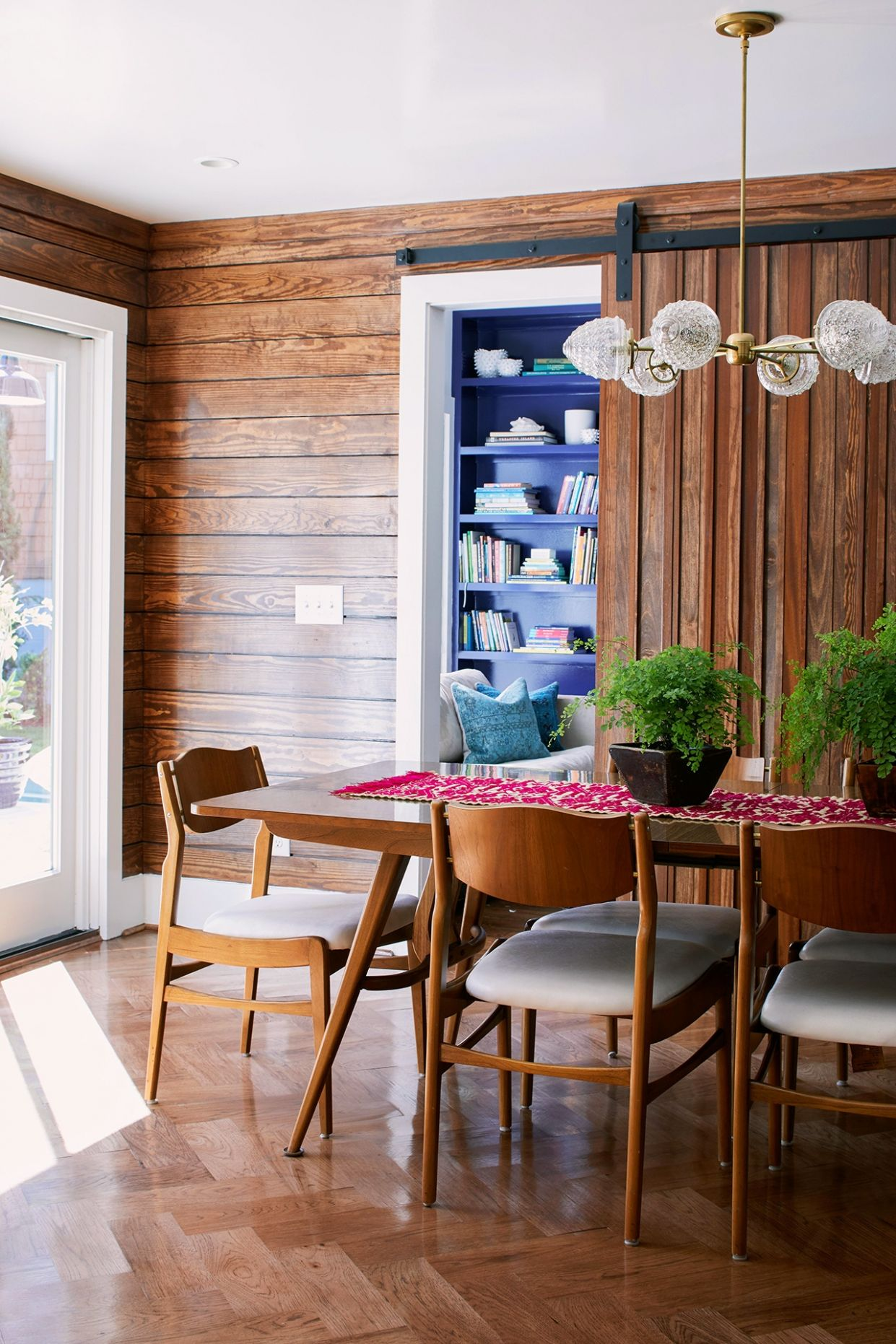 Monochromatic Style Wood Dining Room Favorite Decorating Ideas ..