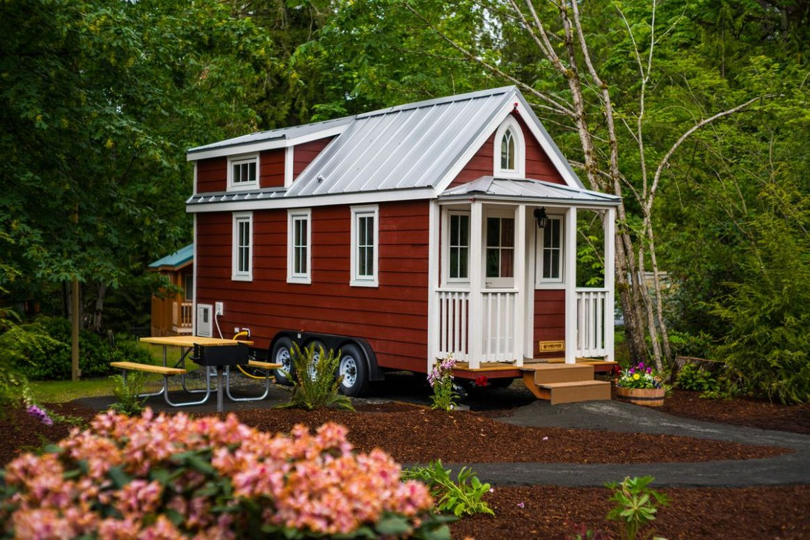Oregon tiny house bill moves closer to reality, but not without ..
