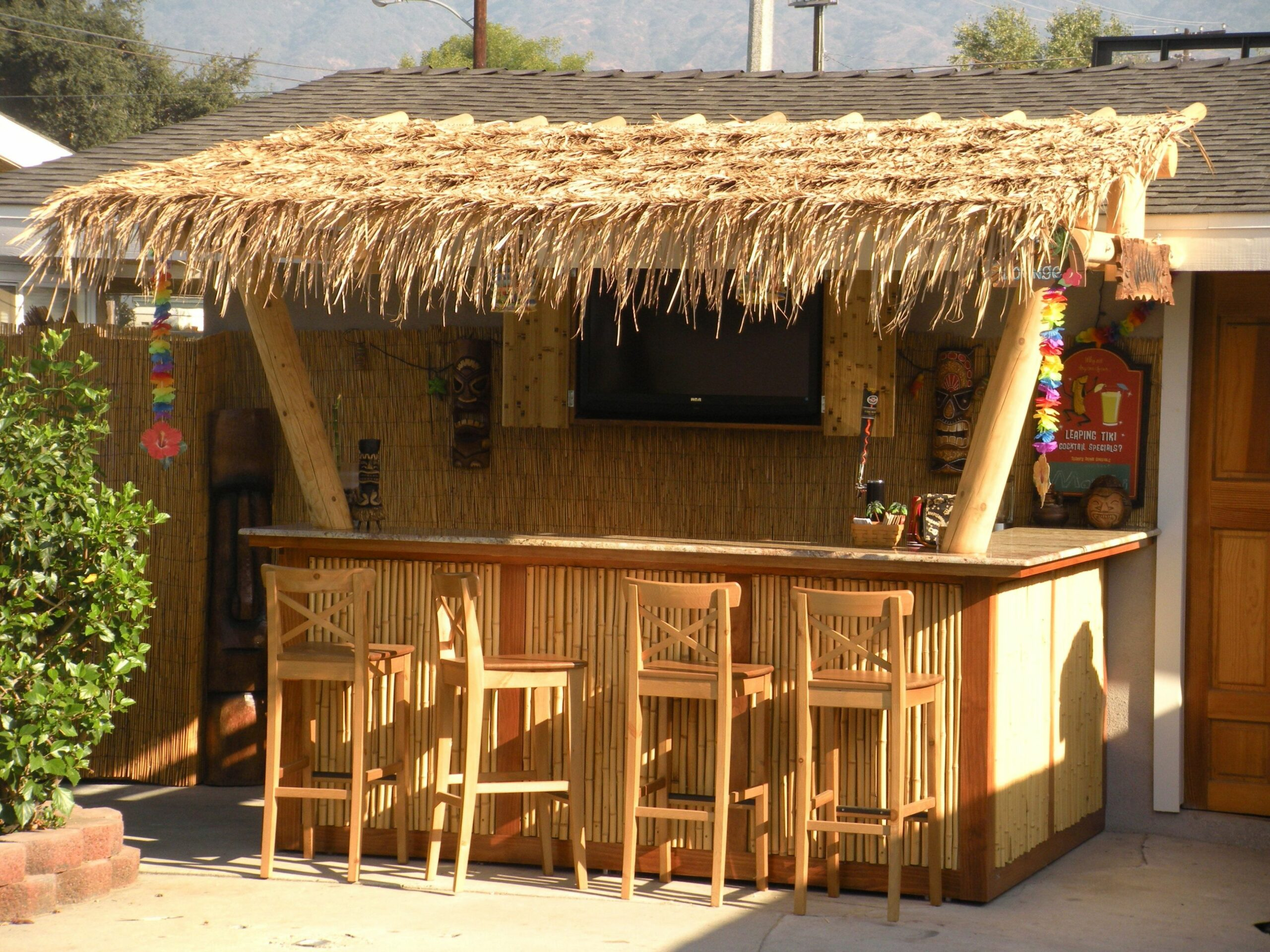Our backyard Tiki Bar - (wanted one) good idea- attached to ..