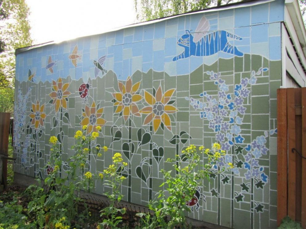 Outdoor murals dress up sheds, garages and blank walls, plus seven ..
