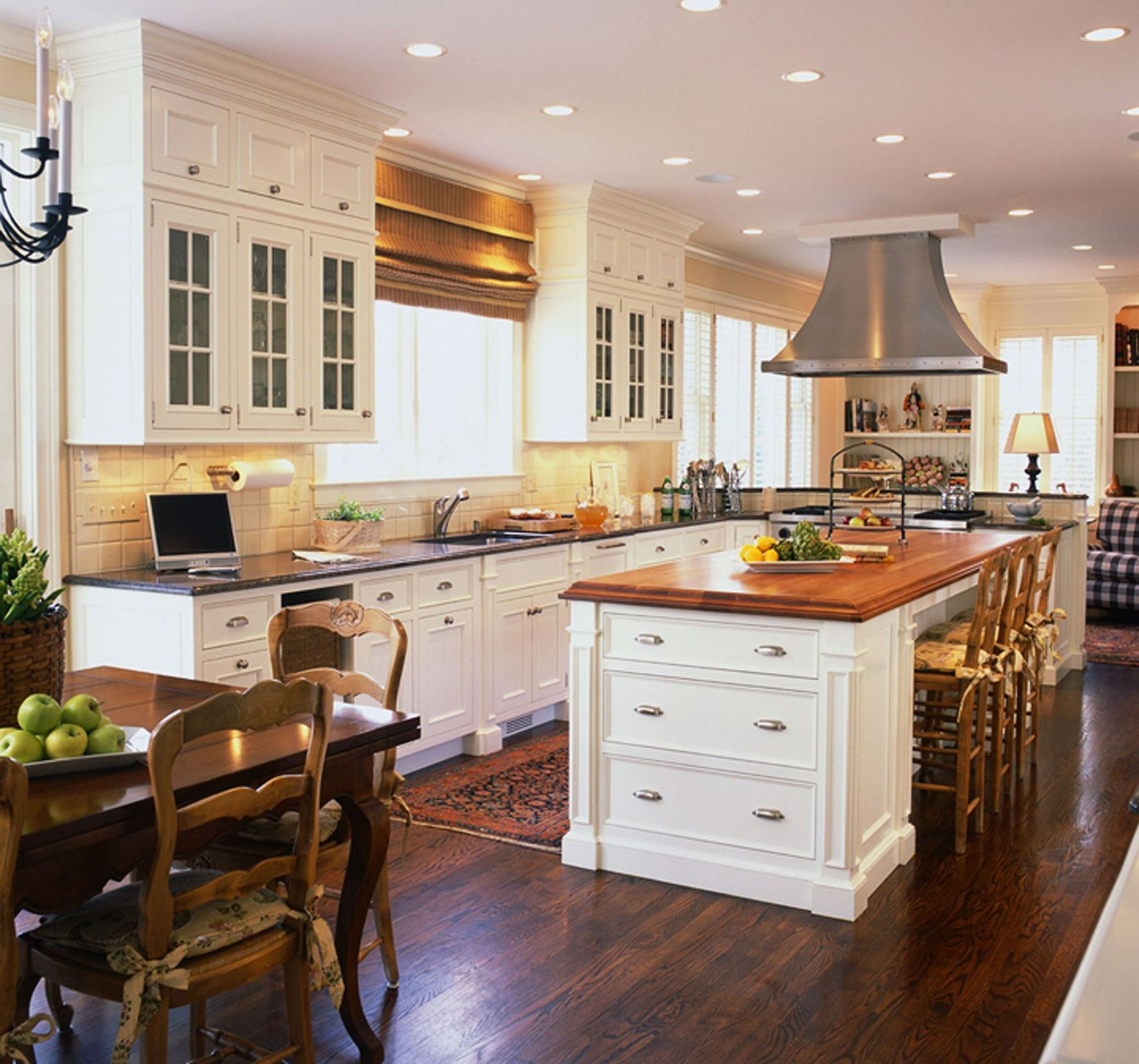 Phenomenal Traditional Kitchen Design Ideas Amazing Architecture ...
