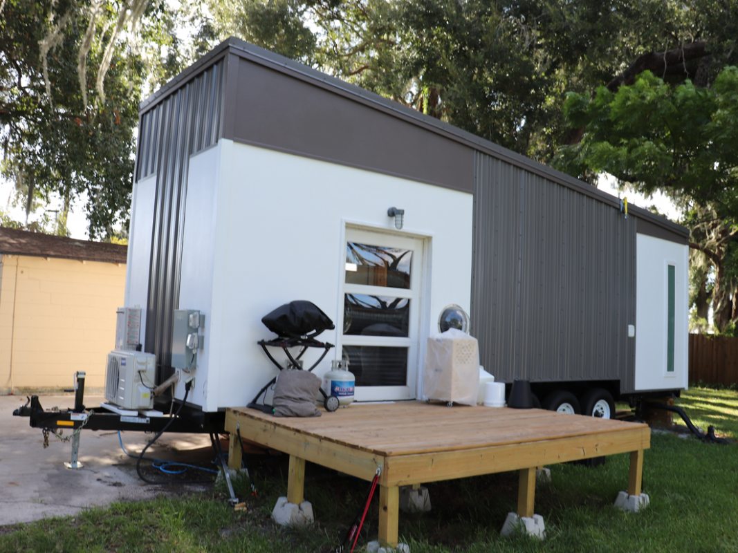 Photos that show the ugly truth of living in a tiny house - Insider - tiny house regulations