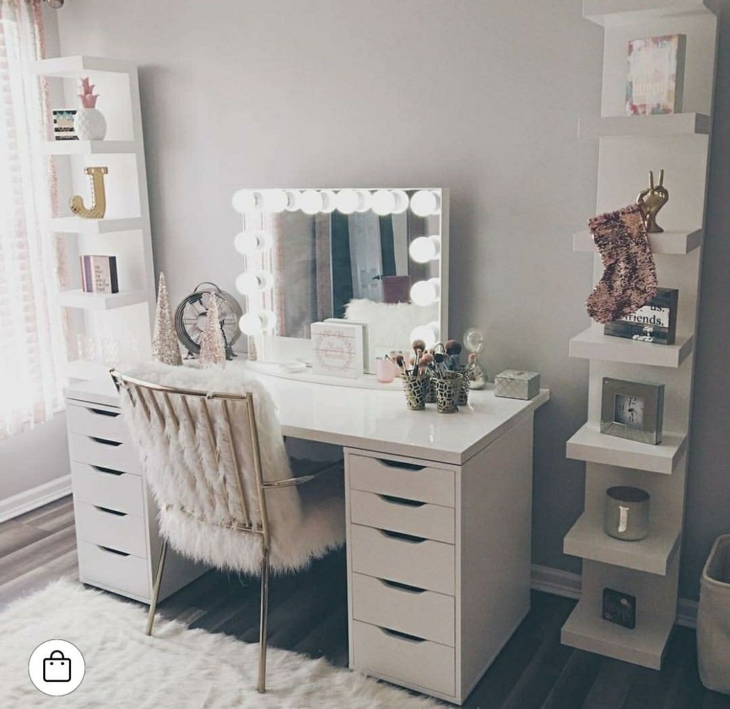 Pin by Courteney Greer on vanity ideas | Beauty room, Dressing ...