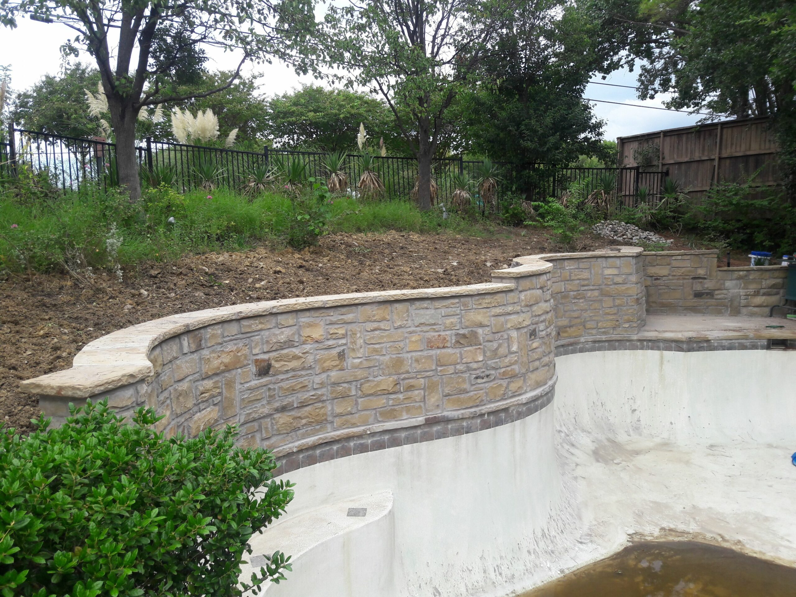 Pool Retaining Wall | JCL Landscape Service | Dallas, Texas