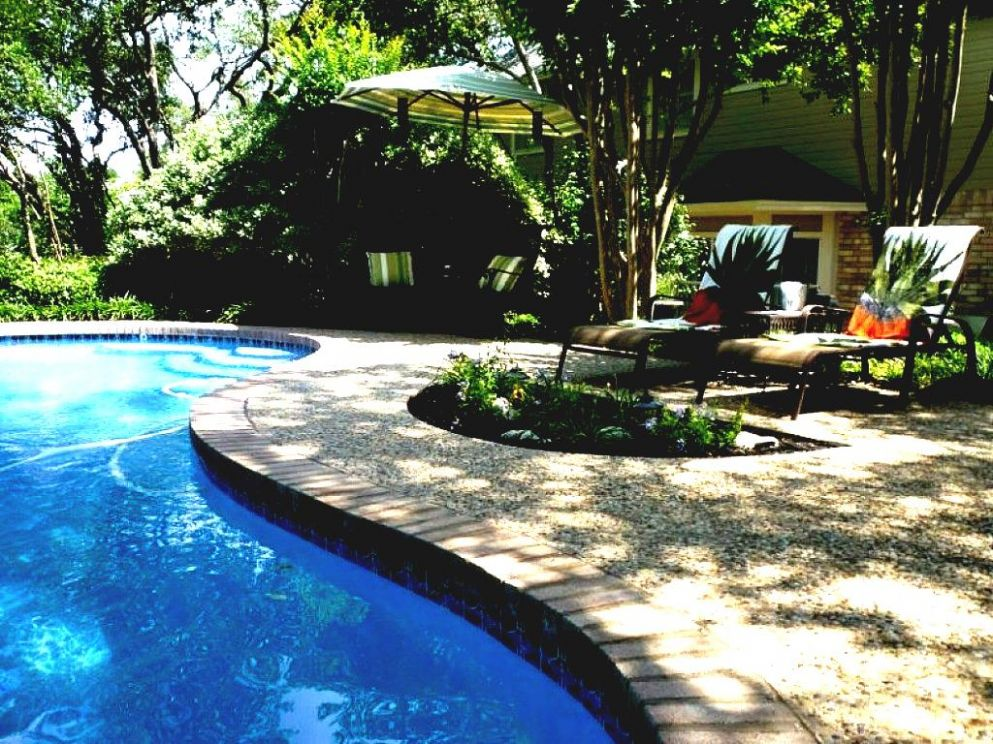 Pool Small Backyard Landscaping Ideas On A Budget Jbeedesigns ...