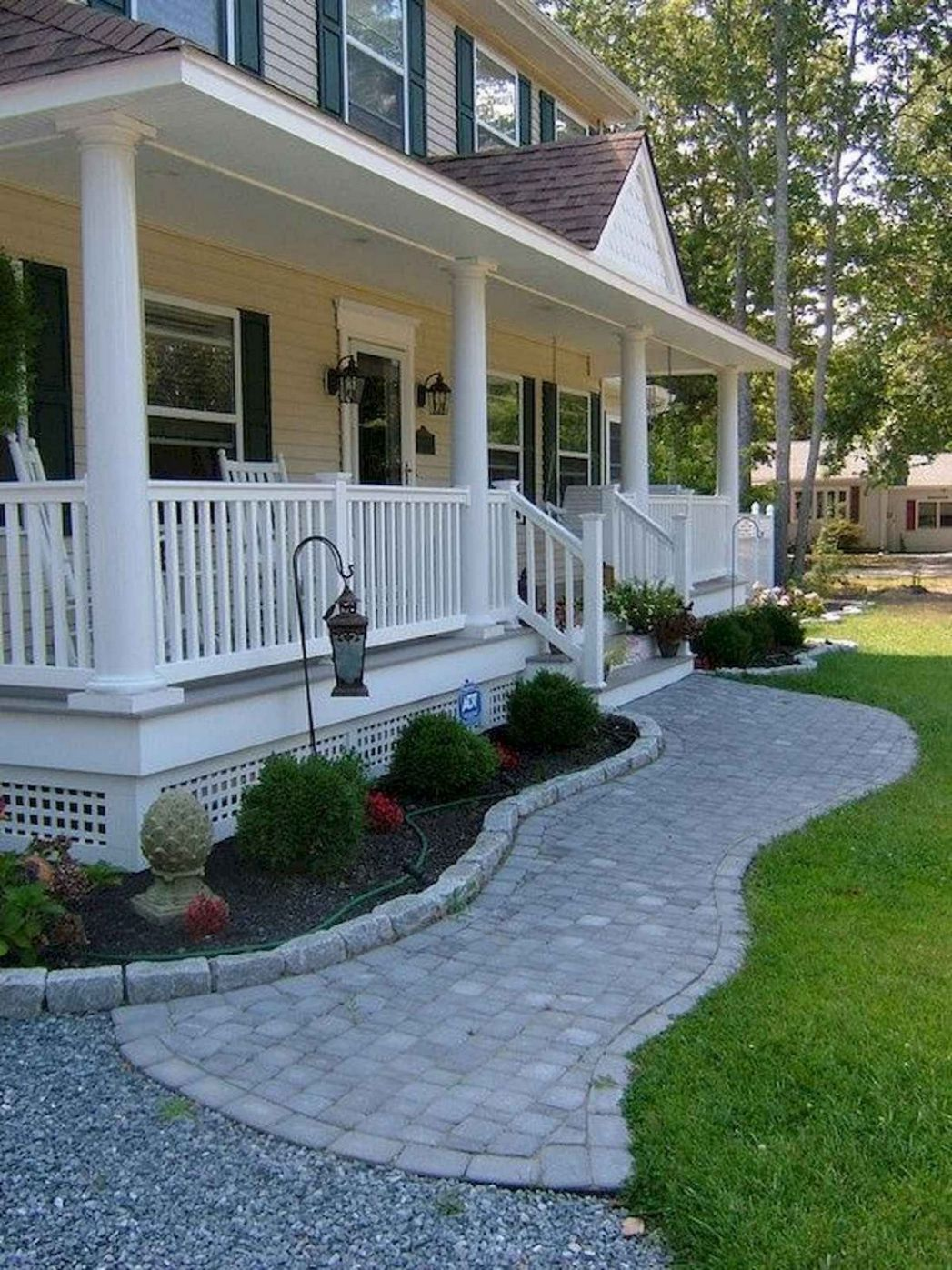 Porch Landscaping Ideas For Your Front Yard | Apartementdecor - front porch landscaping pictures