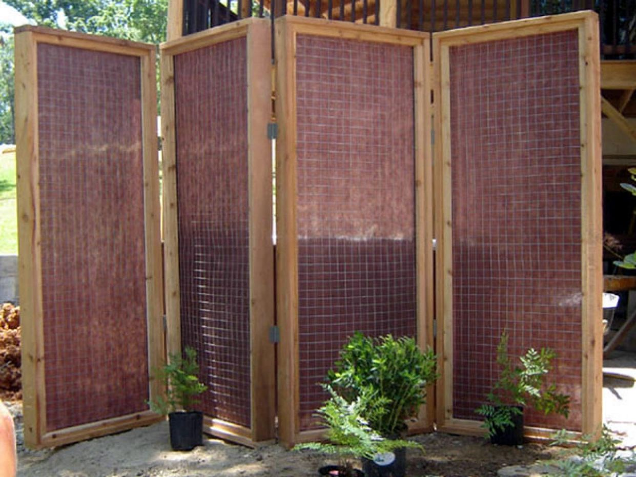 Privacy Fences & Screens You Can Make Yourself | Apartment Therapy - balcony barrier ideas