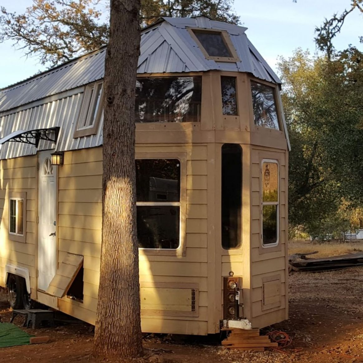 QUANTUM HOUSE on Wheels or Foundation