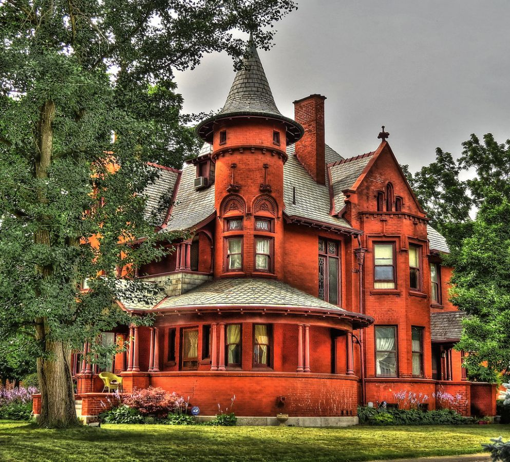 Queen Anne Style House in Urbana, Ohio | Seen along Scioto S… | Flickr - inspiration house ohio
