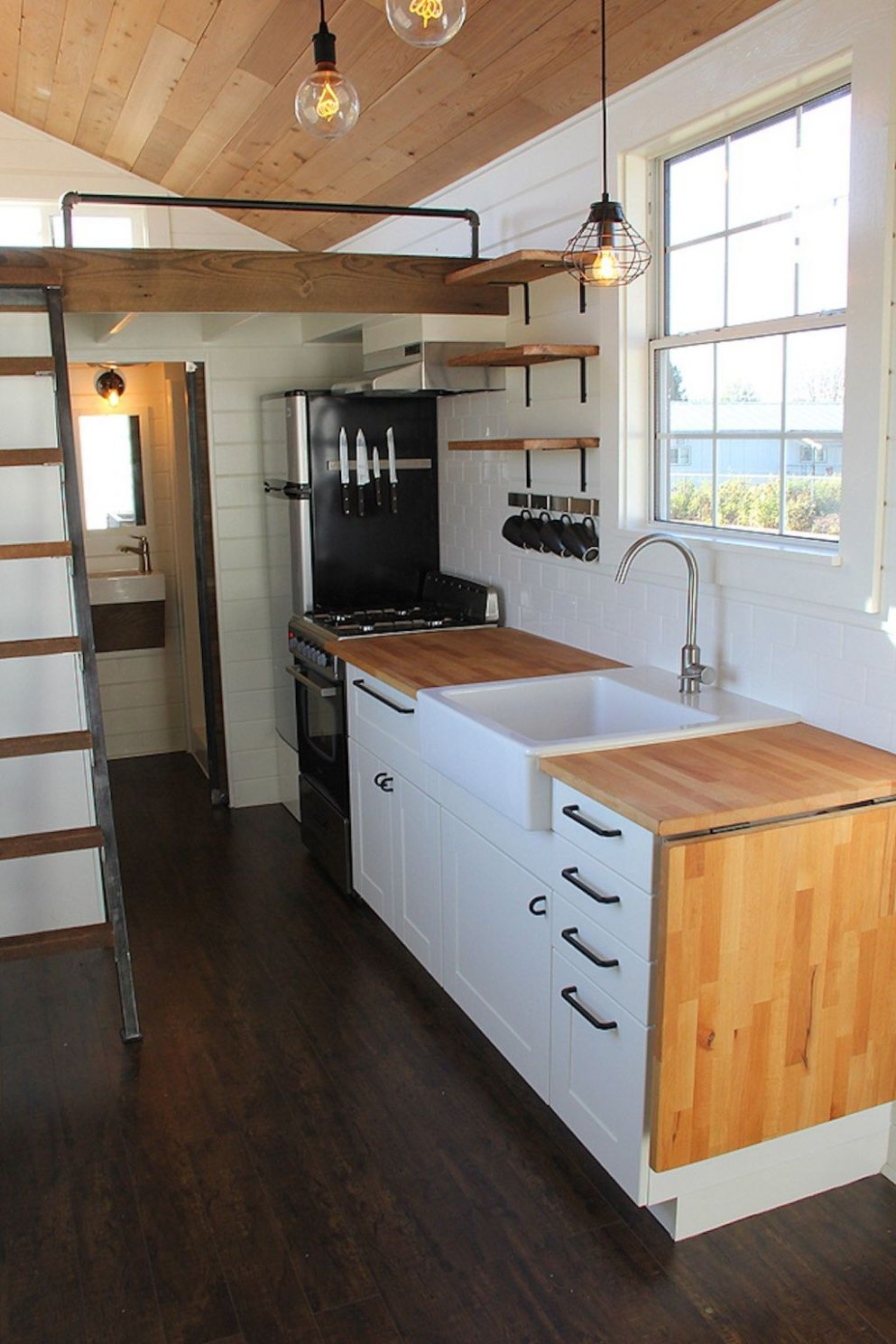 Rustic Industrial (With images) | Tiny house kitchen, Small house ..